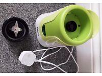 (*GREAT DEAL*) Breville VBL062 Blend Active Personal Blender, 300 W - White/Green