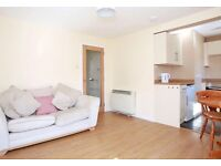 Very central one bedroom flat for lease rose mount place,newly decorated