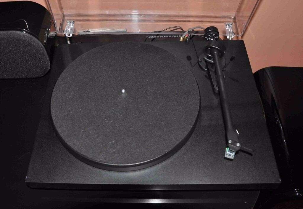 Project Debut 3 turntablein Telford, ShropshireGumtree - Excellent condition with brand new Audio Technica AT95E cartridge just purchased and played 1 album. See reveiws for this turntable always get top reveiws. Can be demonstrated