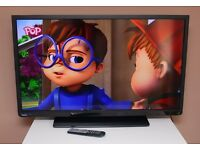 """TOSHIBA 40"""" LED FULL HD TV, HDMIs, USB, built in FREEVIEW, remote ! FULLY WORKING ! EXCELLENT COND !"""