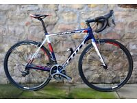 COST £5700. PRO-LEVEL SCOTT ADDICT TEAM ISSUE CARBON ROAD BIKE. ONLY 6.4KG. DURA-ACE & CARBON WHEELS