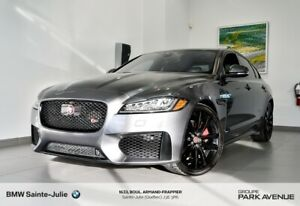 2016 Jaguar XF Driver Assistance Package, Groupe Noir, Pneus d'h