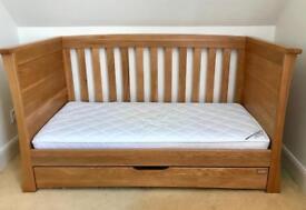 Mamas & Papas Ocean Cot Bed in Golden Oak