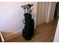 Golf clubs-Bag of old metal woods