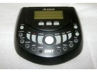 Alesis DM 7 , Drum Module for Electronic Drum Kit with 418 Dynamic Sounds + Power Supply.