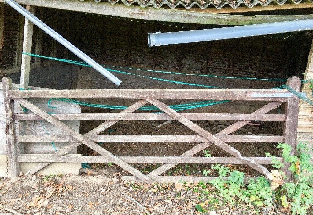 5 Bar Hardwood Field Gate 10ft X 4ft Wooden Timber Farm Equine Equestrian Horse Garden In Send Surrey Gumtree