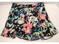 Ladies Atmosphere Primark Watercolour Floral Skater Skirt Size 12 Brand New Smoke/Pet Free home
