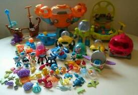 Large bundle of octonauts toys