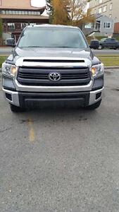 2014 Toyota Tundra SR5 Pickup Truck