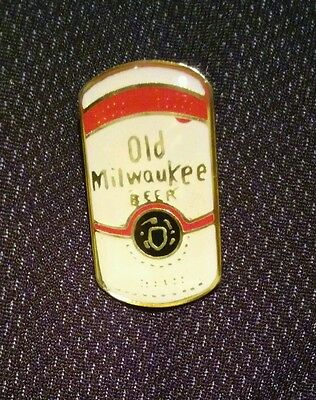 Vintage NOS Old Milwaukee Beer Can Label Enamel Pin .