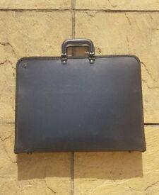 A3 Portfolio Carrier Case Document Art