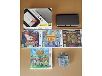 Nintendo 3DS XL Excellent Condition In Box With 4 Games