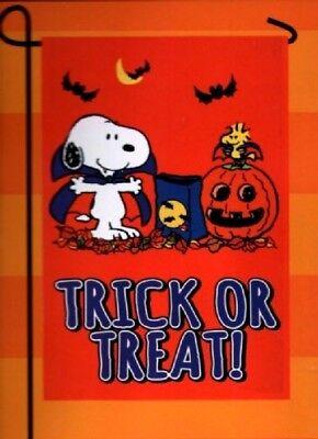 Garden Flag Snoopy Peanuts Halloween Vampire Costume Trick or Treat Small NEW (Flag Halloween Costume)