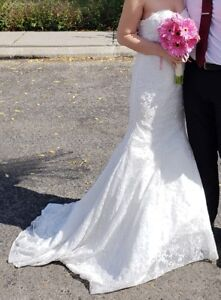 Wedding Dress (Mermaid style) with Veil
