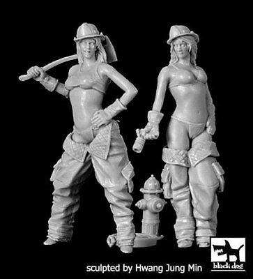 Black Dog 1/32 Firewomen Set Firefighter Girls Posing w/Gear (2 Figures) F32039](Firefighter Girls)