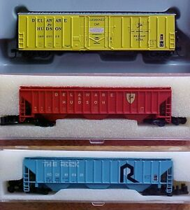 N scale Atlas, Athearn + other train model railroad freight cars