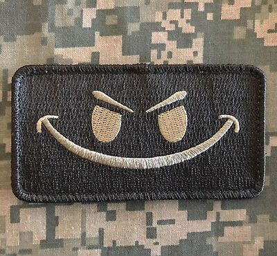 EVIL SMILEY SMILE FACE TACTICAL MORALE ISAF ARMY MILSPEC ACU LIGHT HOOK PATCH](Smiley Face Lights)