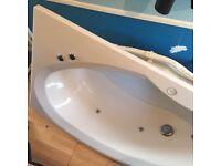 *** White Corner 6 Jet Jacuzzi/Whirlpool/Spa Bath ***