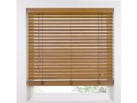 BRAND NEW IN BOX TAWNY WOODEN VENETIAN BLINDS WITH 5CM (2INCH) SLATS 120CMX230CM