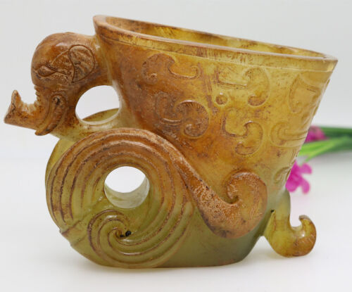Chinese hand carved jadewine cup with elephant head handles D382