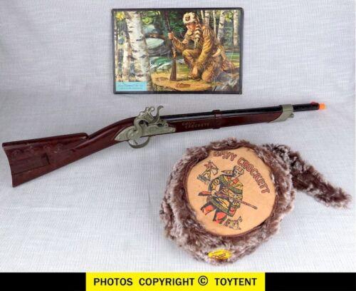 Hubley Davy Crockett buffalo rifle with coonskin cap & tray puzzle