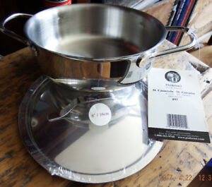 Brand New Paderno 1L stainless steel pot with lid & two handles