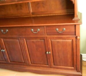 Gibbard Solid Cherry Dining Suite Kingston Kingston Area image 9
