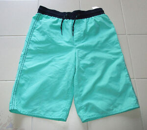 Boys green bathing suit from Old Navy in size Lg (10/12)