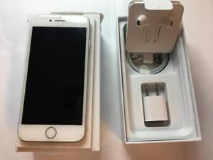 iPhone 7 128 GB SILVER/WHITE   BRAND NEW  WITH BOX AND BRAND NEW ACCESSORIES FACTORY UNLOCKED ( INTERNATIONAL )