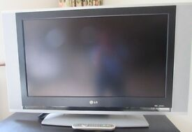 """LG 32"""" Television-Slimline.Remote/Instructions/as new hardly used."""