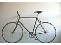 Beautiful Lightweight Reynolds Cr-mo, Single speed freewheel/not fixie, serviced