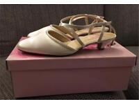 Bride / bridesmaid shoes