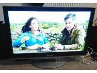 Panasonic LED TV TX-32V10B - Sattelite decoder + remote