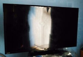 Sharp LCD 32in television/spares or repair