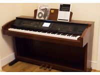 SUPERB YAMAHA CLAVINOVA CVP 303 DIGITAL PIANO - MINT CONDITION