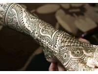 Mehndi artist / henna artist *special offer *