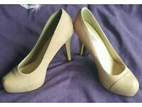 Size 8 nude shoes
