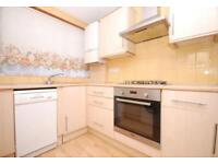 5 bedroom house in Trent Gardens, Southgate