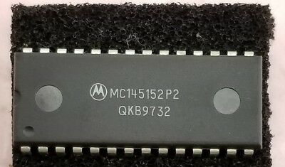 1x Motorola Mc145152p2 Pll Parallel Input Frequency Synthesizer Cmos 28 Pin Dip