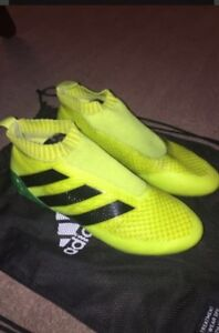 Ace 16+ Pure Control Men's Soccer Cleats Kitchener / Waterloo Kitchener Area image 2