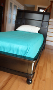 Espresso solid wood twin bed