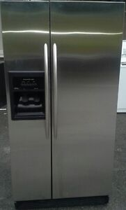 Stainless steel FRIGIDIARE side by side fridge with water n ice