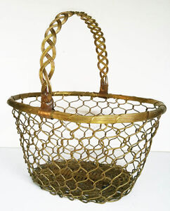 Vintage Solid Brass Basket Hand Woven India --Pierrefonds--- West Island Greater Montréal image 1