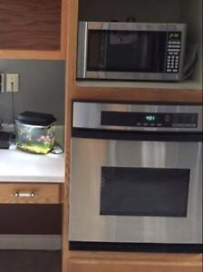 Selling: Oven and Cooktop
