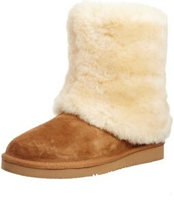 LOOKING FOR UGG AUSTRALIA PATTEN BOOTS