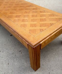 Coffee table wooden, very sturdy and solid, great shape