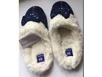 Priceless Comfees Bed Slippers Navy Size 3/4