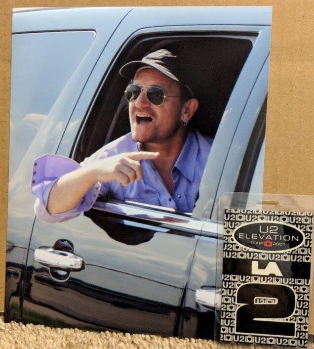 U2 - Pittsburgh Bono 2011 Candid 8x10 photo with tour pass combo