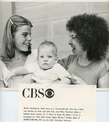 MARIEL HEMINGWAY RHEA PERLMAN AND BABY I WANT TO KEEP MY BABY 1977 CBS TV PHOTO