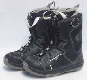 Snowboard boots, ski boots, skis etc